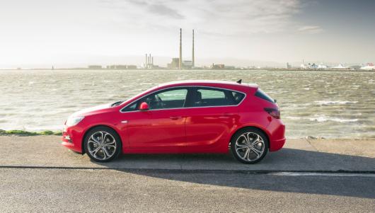 Opel 152