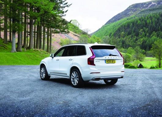 Volvo-XC90_UK-Version_2015_1600x1200_wallpaper_53