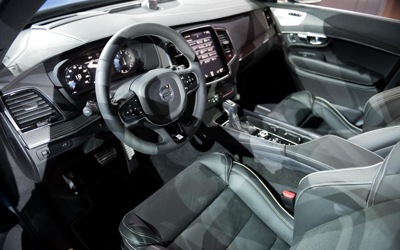 Volvo XC90 R Design Revie