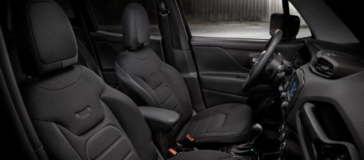 jeep-renegade-night-eagle-interior
